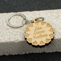 Porte clés fleur de coeurs érable