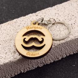 Porte clés clés moustache érable