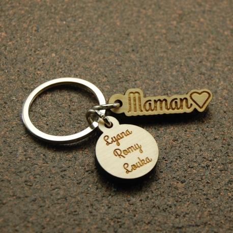 Porte clés  breloques maman coeur et  3 prénoms