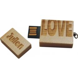 """Clés USB 8GO bois """"love"""""""