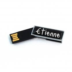 Petite clé USB 8GO noire