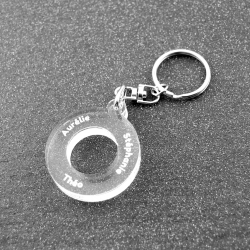 Porte clés anneau multi prénoms