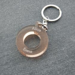 Porte clés anneau multi prénoms bronze